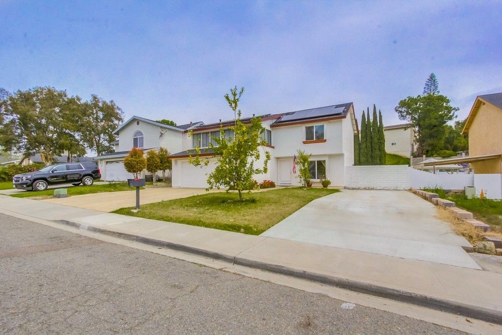Main Photo: LEMON GROVE House for sale : 3 bedrooms : 2095 BERRYLAND CT