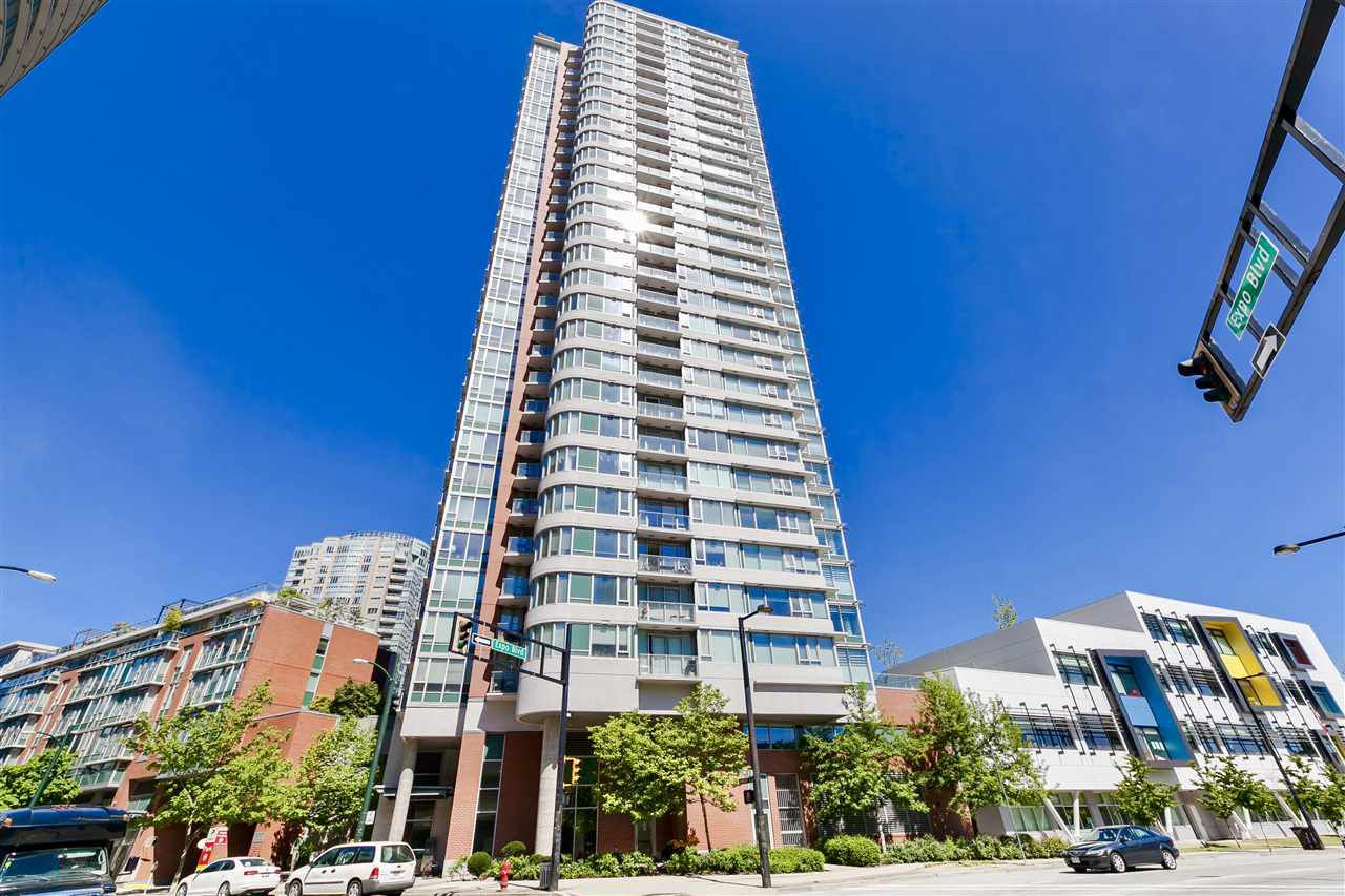 Main Photo: 2202 688 ABBOTT Street in Vancouver: Downtown VW Condo for sale (Vancouver West)  : MLS®# R2369414