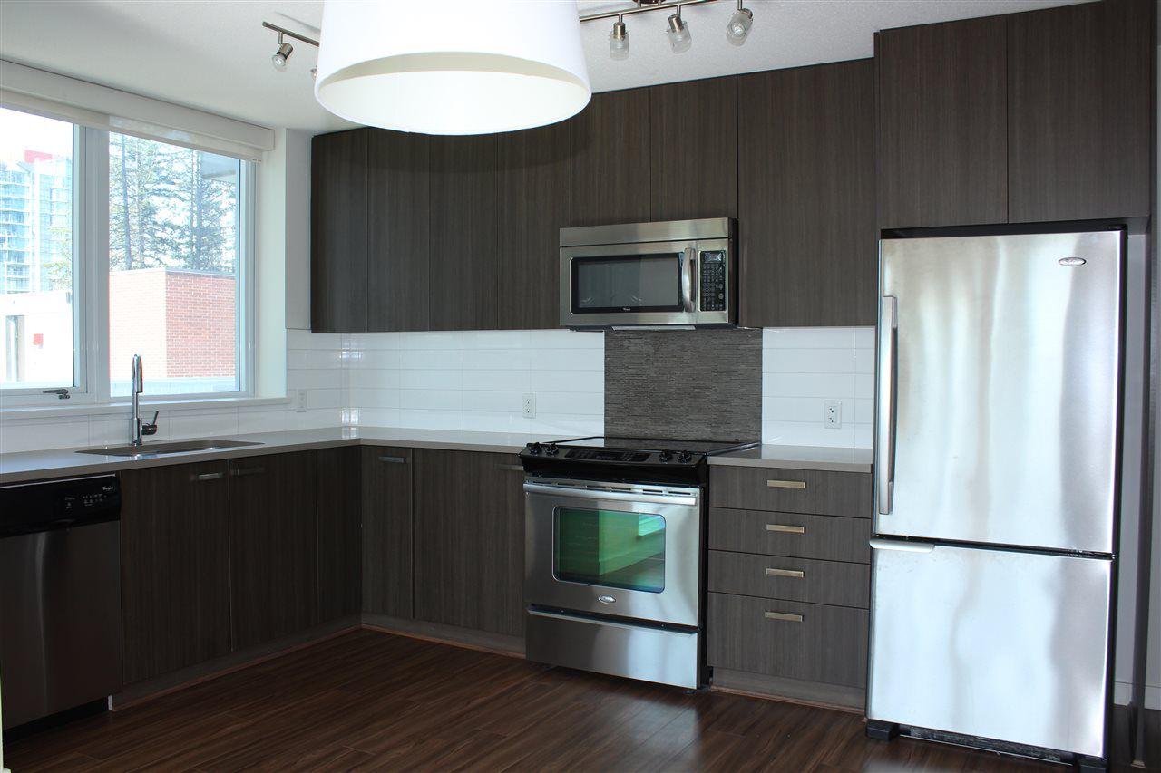 Main Photo: 602 13325 102A Avenue in Surrey: Whalley Condo for sale (North Surrey)  : MLS®# R2378863