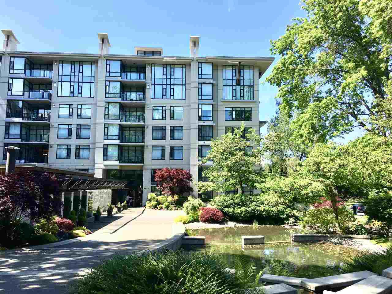 "Main Photo: 303 4685 VALLEY Drive in Vancouver: Quilchena Condo for sale in ""Marguerite House"" (Vancouver West)  : MLS®# R2379596"