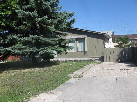 Photo 1: Photos: 21 AMELIA CRES.: Residential for sale (Valley Gardens)  : MLS®# 1114528