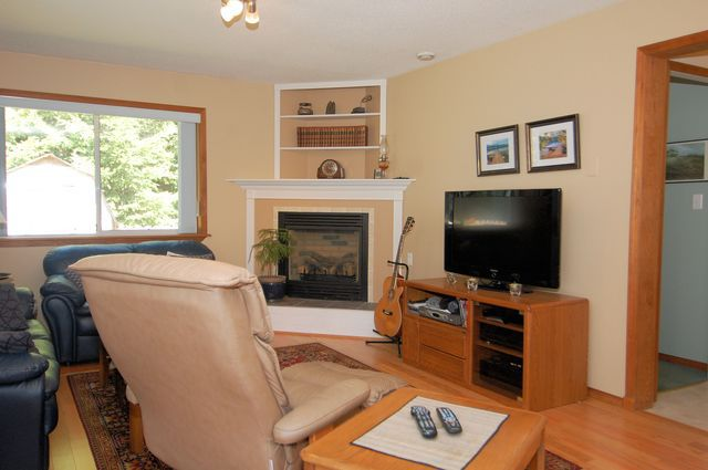 Photo 21: Photos: 2249 MCINTOSH ROAD in SHAWNIGAN LAKE: House for sale : MLS®# 336478