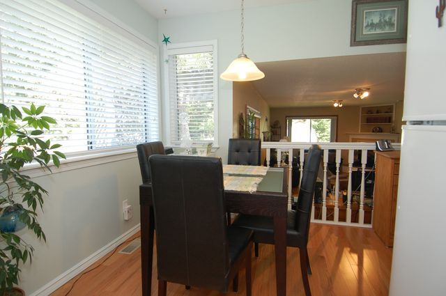 Photo 9: Photos: 2249 MCINTOSH ROAD in SHAWNIGAN LAKE: House for sale : MLS®# 336478