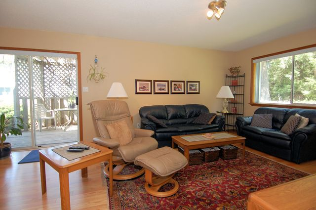 Photo 23: Photos: 2249 MCINTOSH ROAD in SHAWNIGAN LAKE: House for sale : MLS®# 336478