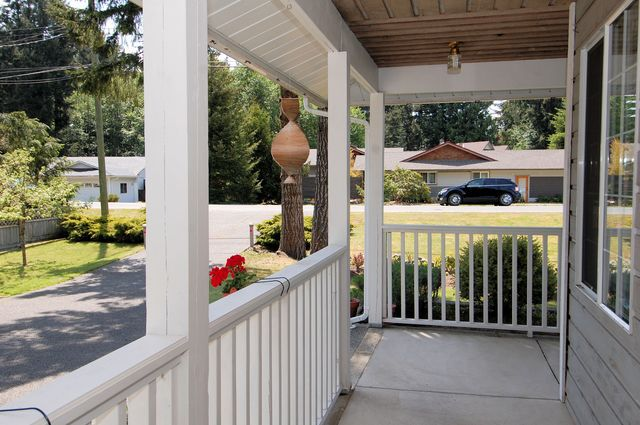 Photo 4: Photos: 2249 MCINTOSH ROAD in SHAWNIGAN LAKE: House for sale : MLS®# 336478