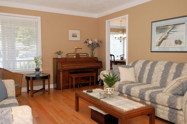 Photo 13: Photos: 2249 MCINTOSH ROAD in SHAWNIGAN LAKE: House for sale : MLS®# 336478