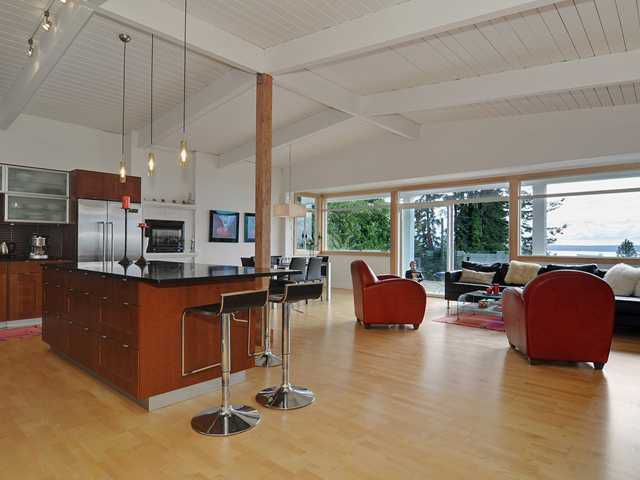 Beautiful West Vancouver view home with 2,700 square feet all on on level
