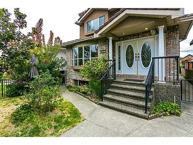 Main Photo: 2687 GRANT Street in Vancouver: Renfrew VE House for sale (Vancouver East)  : MLS®# V1141585