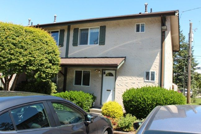 "Main Photo: 113 32880 BEVAN Way in Abbotsford: Central Abbotsford Townhouse for sale in ""Bevan Gardens"" : MLS®# R2174155"