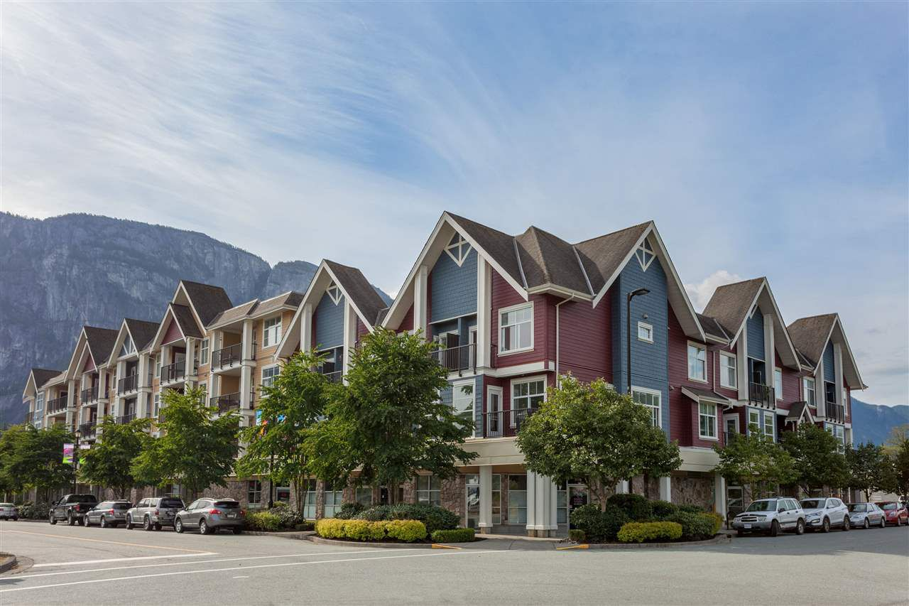 "Main Photo: 308 1336 MAIN Street in Squamish: Downtown SQ Condo for sale in ""ARTISAN"" : MLS®# R2195235"