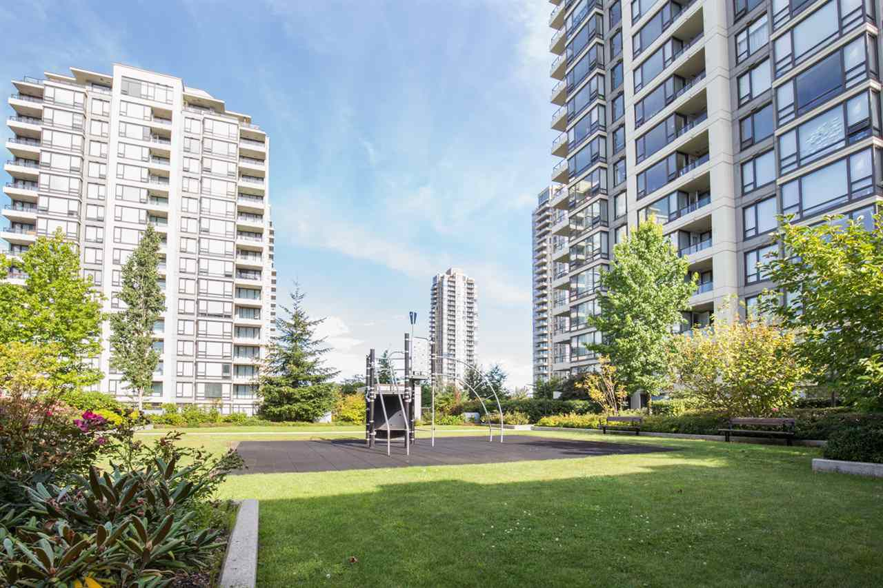 Main Photo: 1002 4118 DAWSON STREET in : Brentwood Park Condo for sale : MLS®# R2101410
