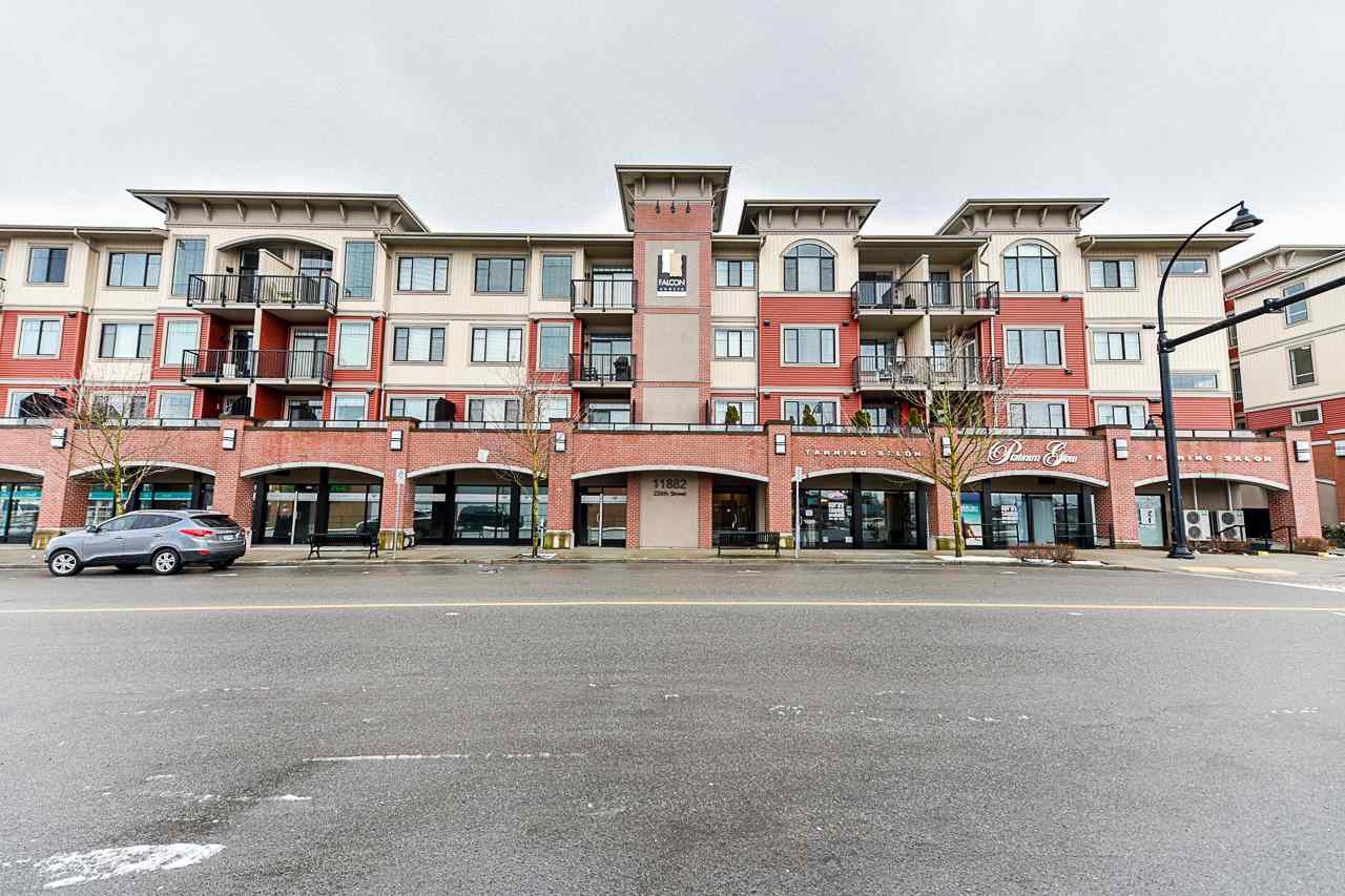 "Main Photo: 412 11882 226 Street in Maple Ridge: East Central Condo for sale in ""The Residences at Falcon Centre"" : MLS®# R2347058"