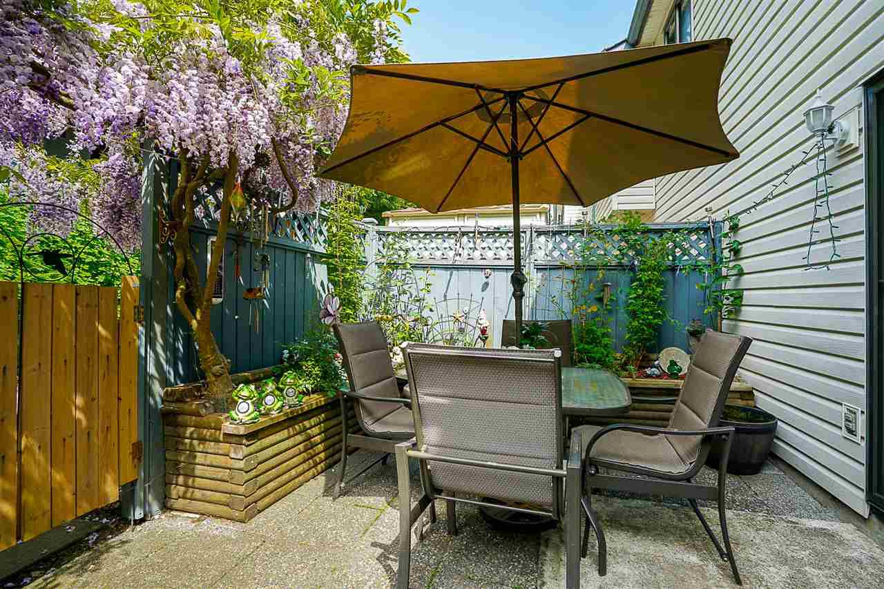 """Main Photo: 183 13734 67 Avenue in Surrey: East Newton Townhouse for sale in """"Hyland Creek"""" : MLS®# R2368781"""