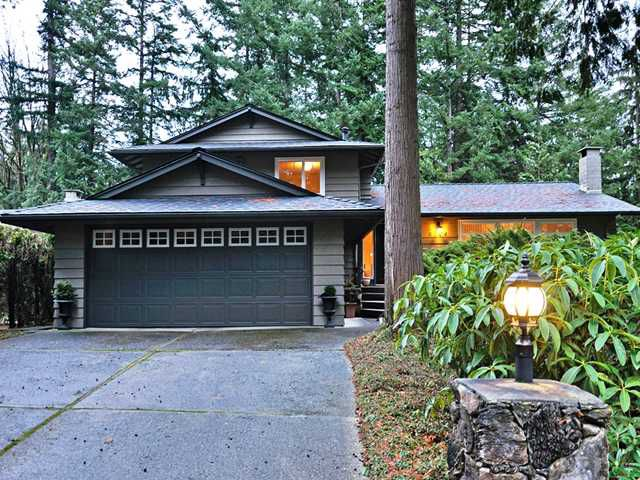 Main Photo: 5714 BLUEBELL Drive in West Vancouver: Eagle Harbour House for sale : MLS®# V927721