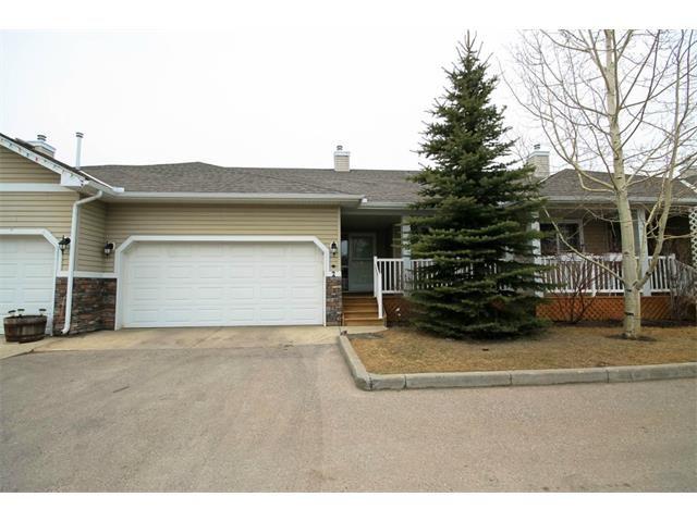 Main Photo: 2 117 BOW RIDGE Drive: Cochrane House for sale : MLS®# C4003118