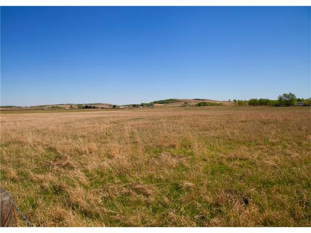 Main Photo: 466 Avenue West: Rural Foothills M.D. Land for sale : MLS®# C4085202