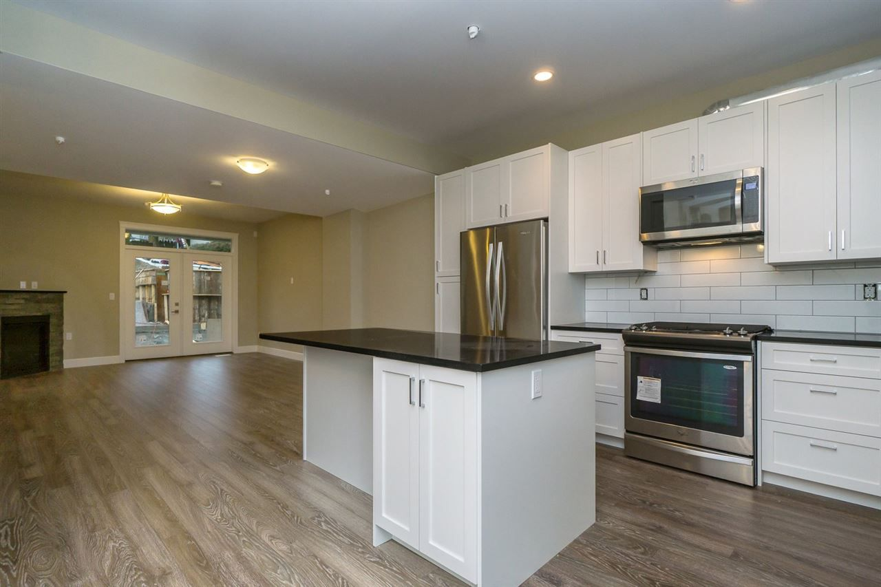 """Main Photo: 19 32921 14 Avenue in Mission: Mission BC Townhouse for sale in """"Southwynd"""" : MLS®# R2049518"""