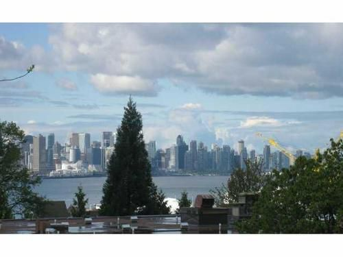 Main Photo: 211 360 2ND Street E in North Vancouver: Home for sale : MLS®# V917487