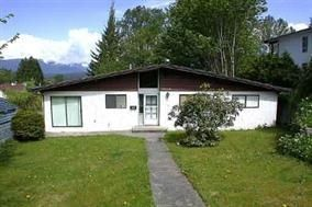 Main Photo: 2310 ST GEORGE Street in Port Moody: Port Moody Centre House for sale : MLS®# R2215820