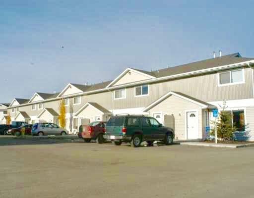Main Photo: 118 180 Bridgeport Boulevard: Leduc Townhouse for sale : MLS®# E4101208