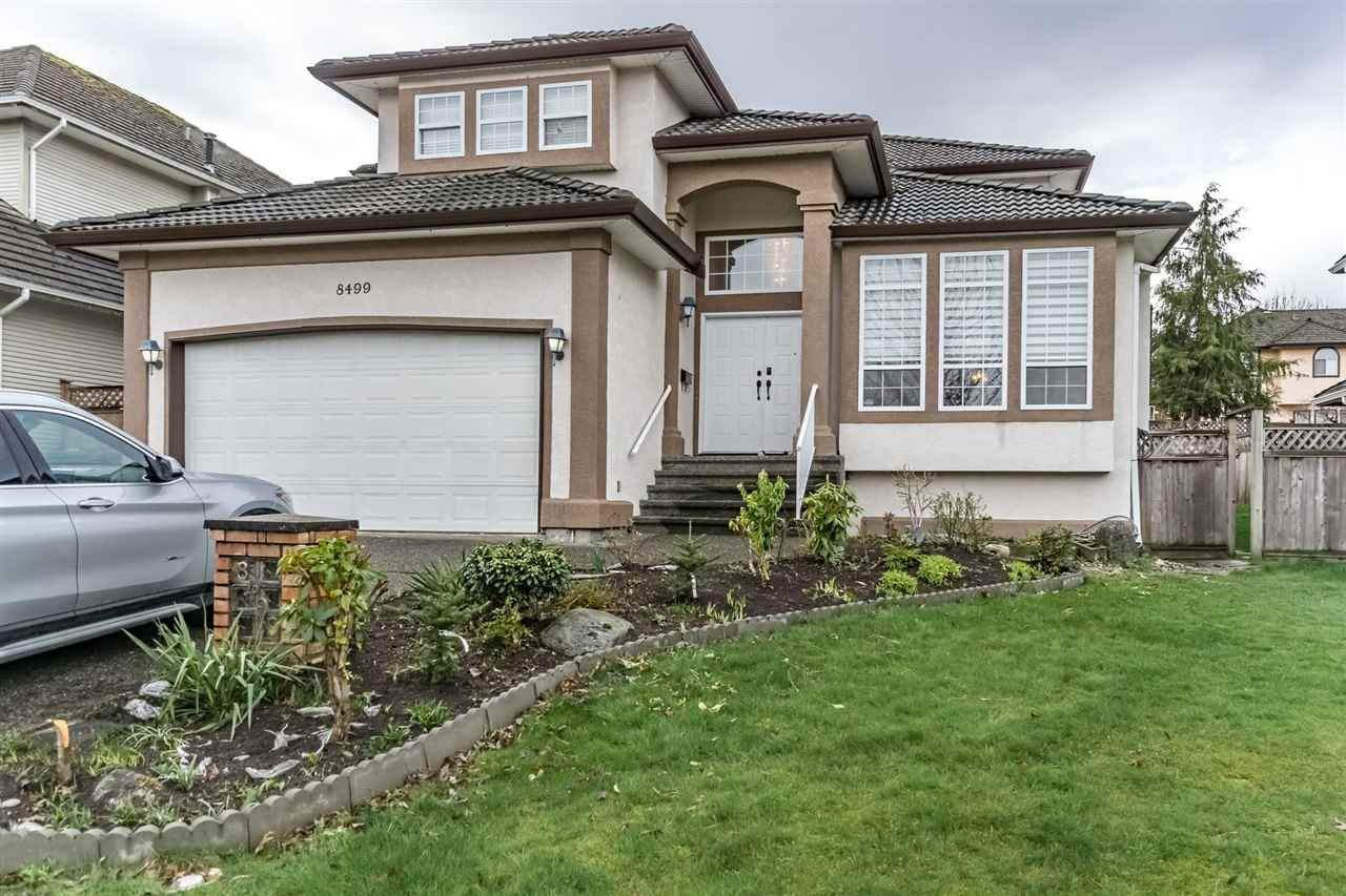 Main Photo: 8499 166A Street in Surrey: Fleetwood Tynehead House for sale : MLS®# R2251244