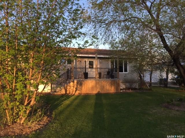 Main Photo: 301 Government Road in Stoughton: Residential for sale : MLS®# SK753836
