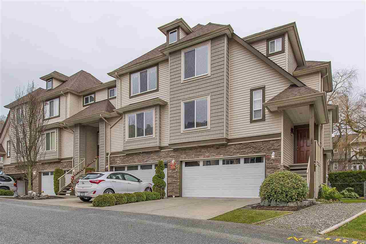 "Main Photo: 11 46778 HUDSON Road in Sardis: Promontory Townhouse for sale in ""COBBLESTONE"" : MLS®# R2329567"