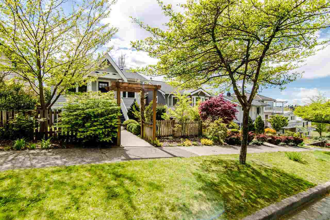 Main Photo: 3438 PANDORA Street in Vancouver: Hastings East House for sale (Vancouver East)  : MLS®# R2364938