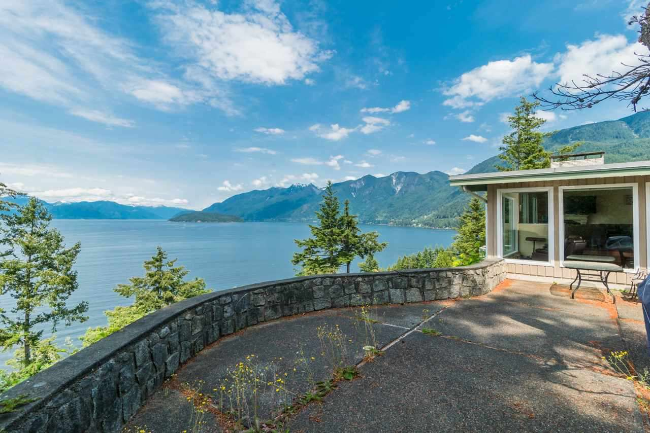 Main Photo: 6981 HYCROFT Road in West Vancouver: Whytecliff House for sale : MLS®# R2385862