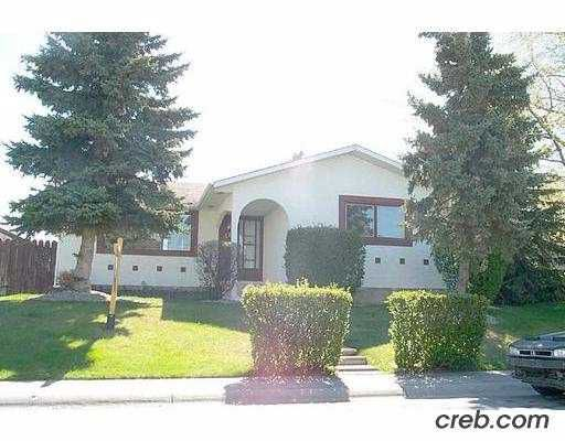 Main Photo:  in CALGARY: Penbrooke Residential Detached Single Family for sale (Calgary)  : MLS®# C2267120