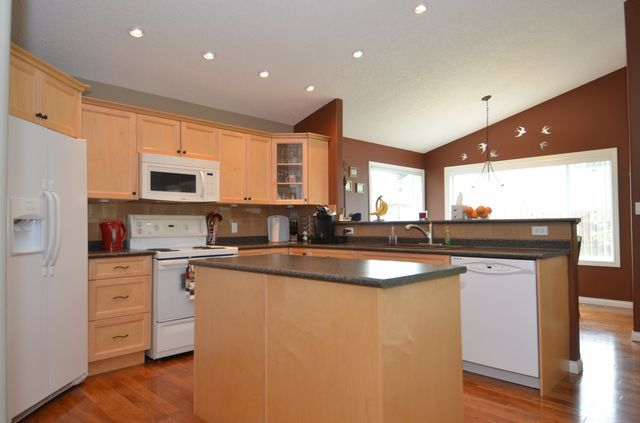 Photo 11: Photos: 1353 HUTCHINSON ROAD in COBBLE HILL: House for sale : MLS®# 356733