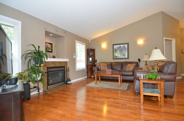 Photo 8: Photos: 1353 HUTCHINSON ROAD in COBBLE HILL: House for sale : MLS®# 356733
