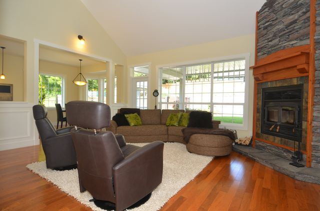 Photo 7: Photos: 924 DELOUME ROAD in MILL BAY: House for sale : MLS®# 357153