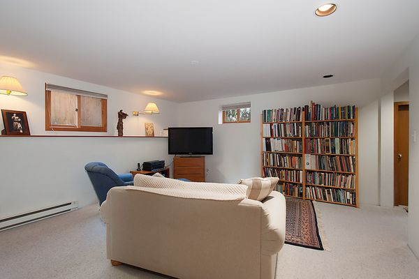 Main Photo: 2428 OLIVER Crescent in Vancouver: Arbutus House for sale (Vancouver West)  : MLS®# V1046711