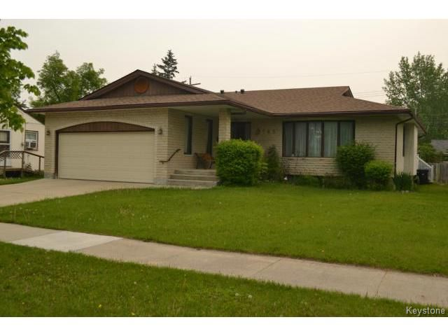 Main Photo: 643 Isbister Street in WINNIPEG: Westwood / Crestview Residential for sale (West Winnipeg)  : MLS®# 1515620