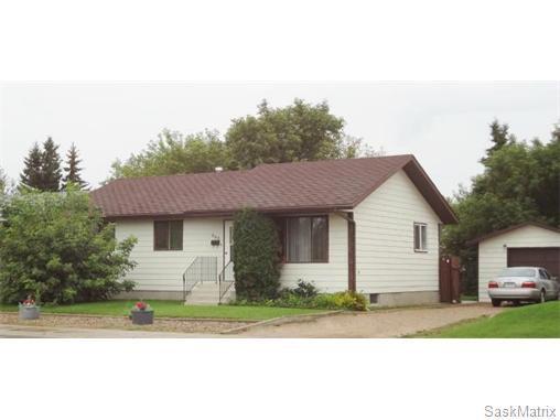 Main Photo: 305 8th Avenue North: Warman Single Family Dwelling for sale (Saskatoon NW)  : MLS®# 547136
