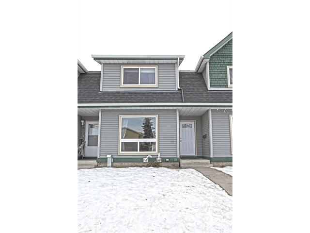 Main Photo: 22 75 ERIN CROFT Crescent SE in Calgary: Erin Woods House for sale : MLS®# C4047110