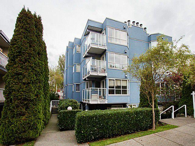 Main Photo: 303 2333 Eton Street in Vancouver: Home for sale : MLS®# V1092100