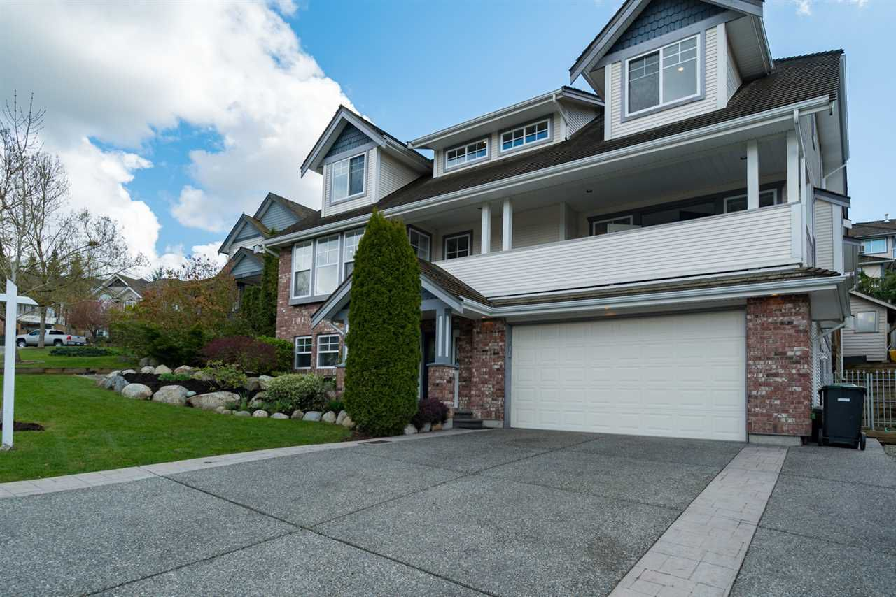 """Main Photo: 21652 47A Avenue in Langley: Murrayville House for sale in """"MURRAYVILLE"""" : MLS®# R2157676"""