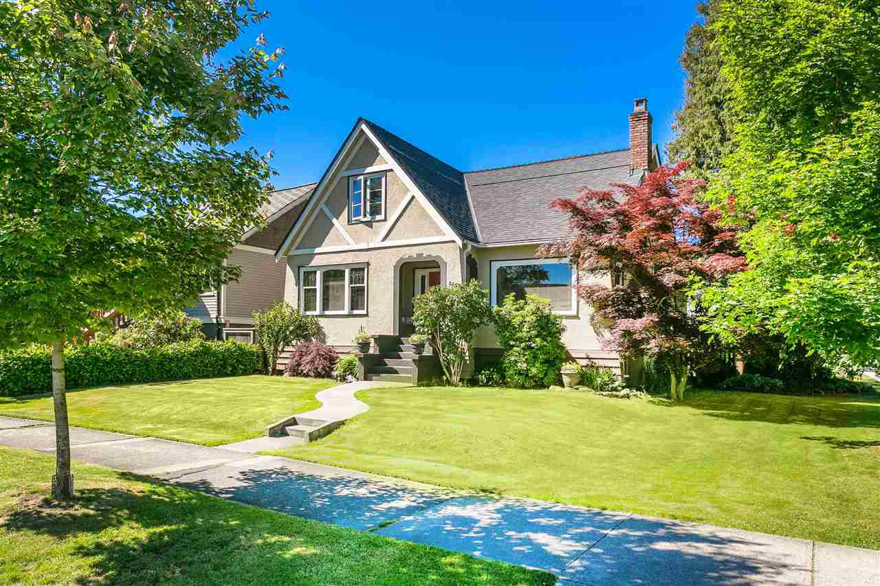 Main Photo: 2597 GRANT Street in Vancouver: Renfrew VE House for sale (Vancouver East)  : MLS®# R2184155