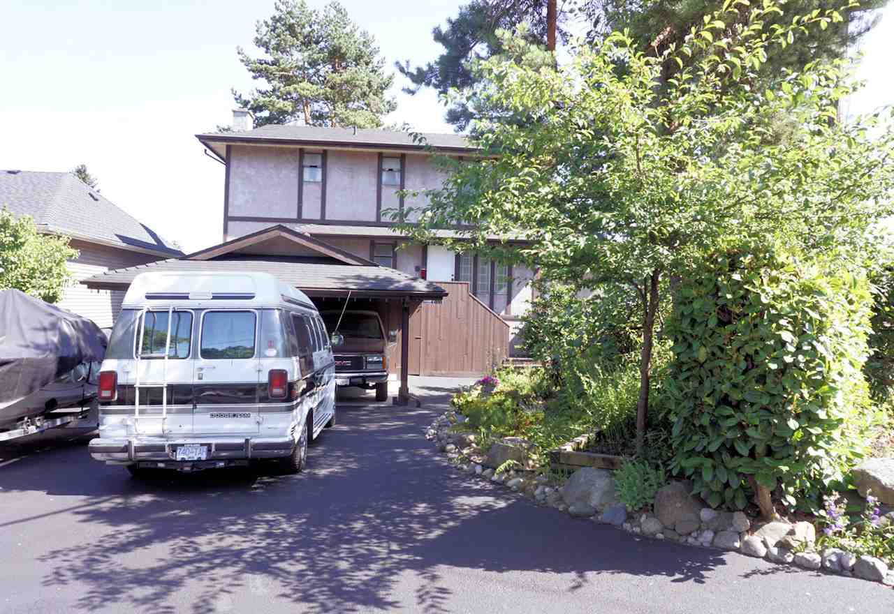 """Main Photo: 420 RICHMOND Street in New Westminster: The Heights NW House for sale in """"THE HEIGHTS"""" : MLS®# R2186347"""