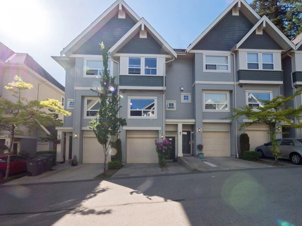 """Main Photo: 33 15065 58 Avenue in Surrey: Sullivan Station Townhouse for sale in """"Springhill"""" : MLS®# R2271191"""
