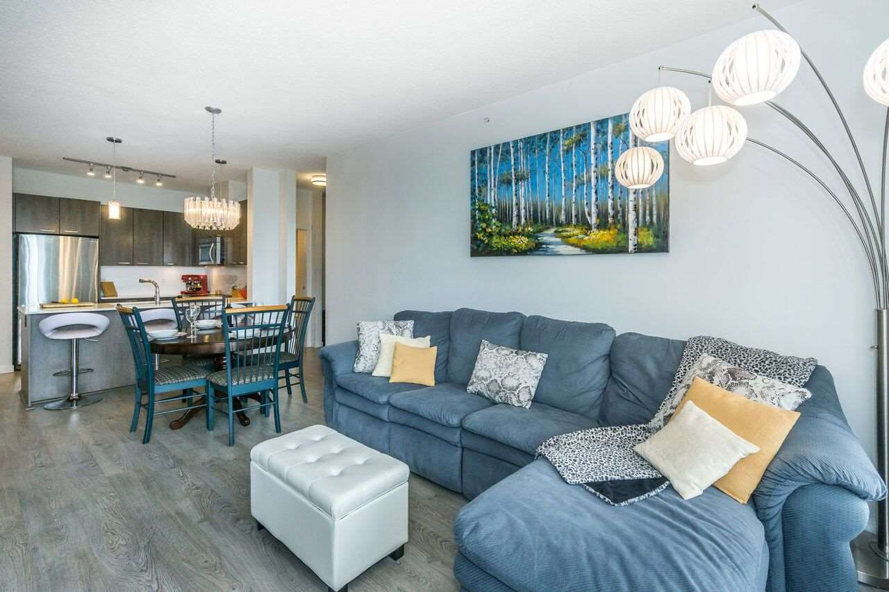 "Main Photo: 410 617 SMITH Avenue in Coquitlam: Coquitlam West Condo for sale in ""EASTON"" : MLS®# R2275541"