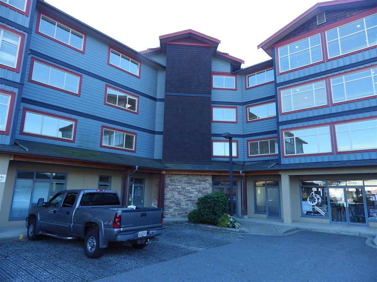 Main Photo: 405 5631 INLET Avenue in Sechelt: Sechelt District Condo for sale (Sunshine Coast)  : MLS®# R2311337