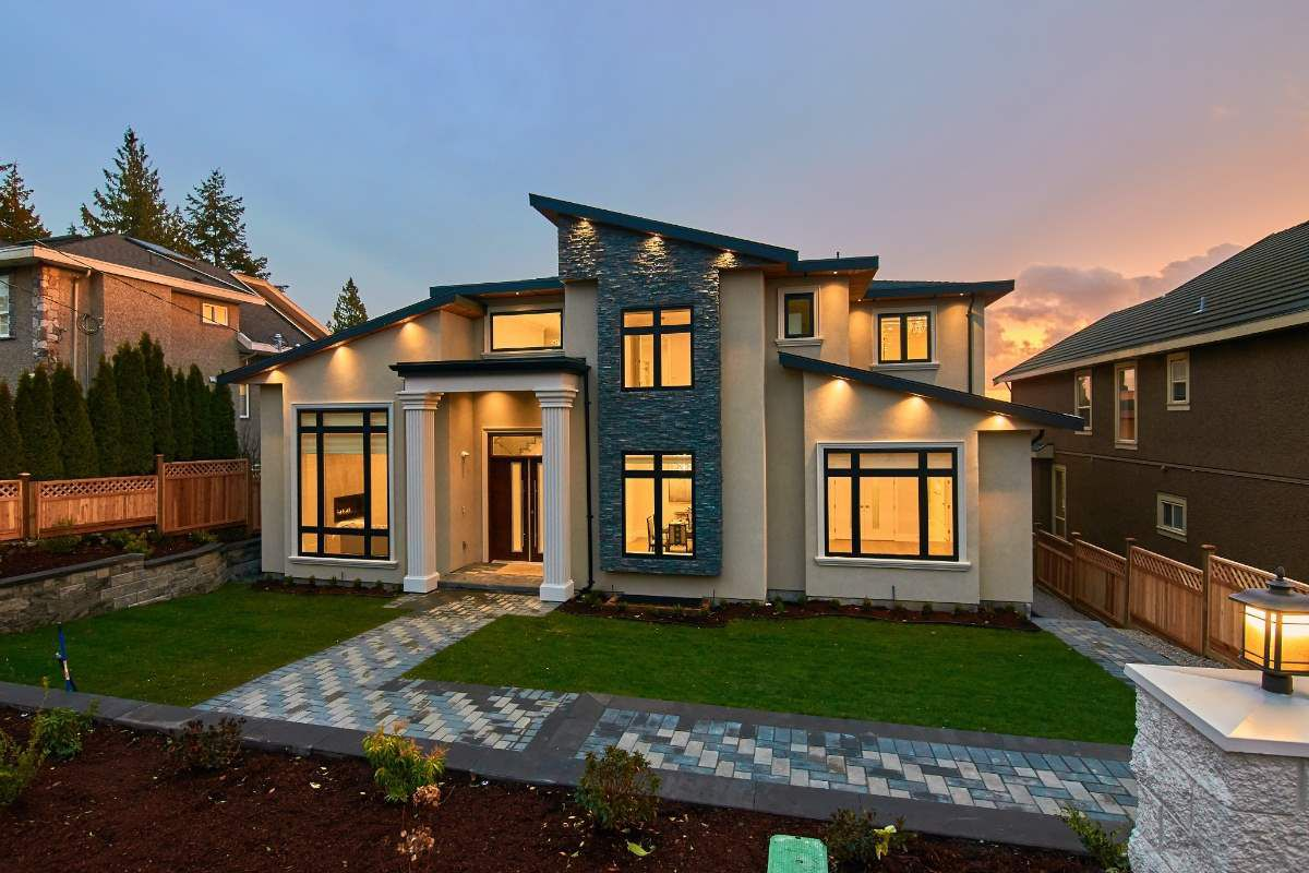 Main Photo: 1578 ROCHESTER Avenue in Coquitlam: Central Coquitlam House for sale : MLS®# R2330135