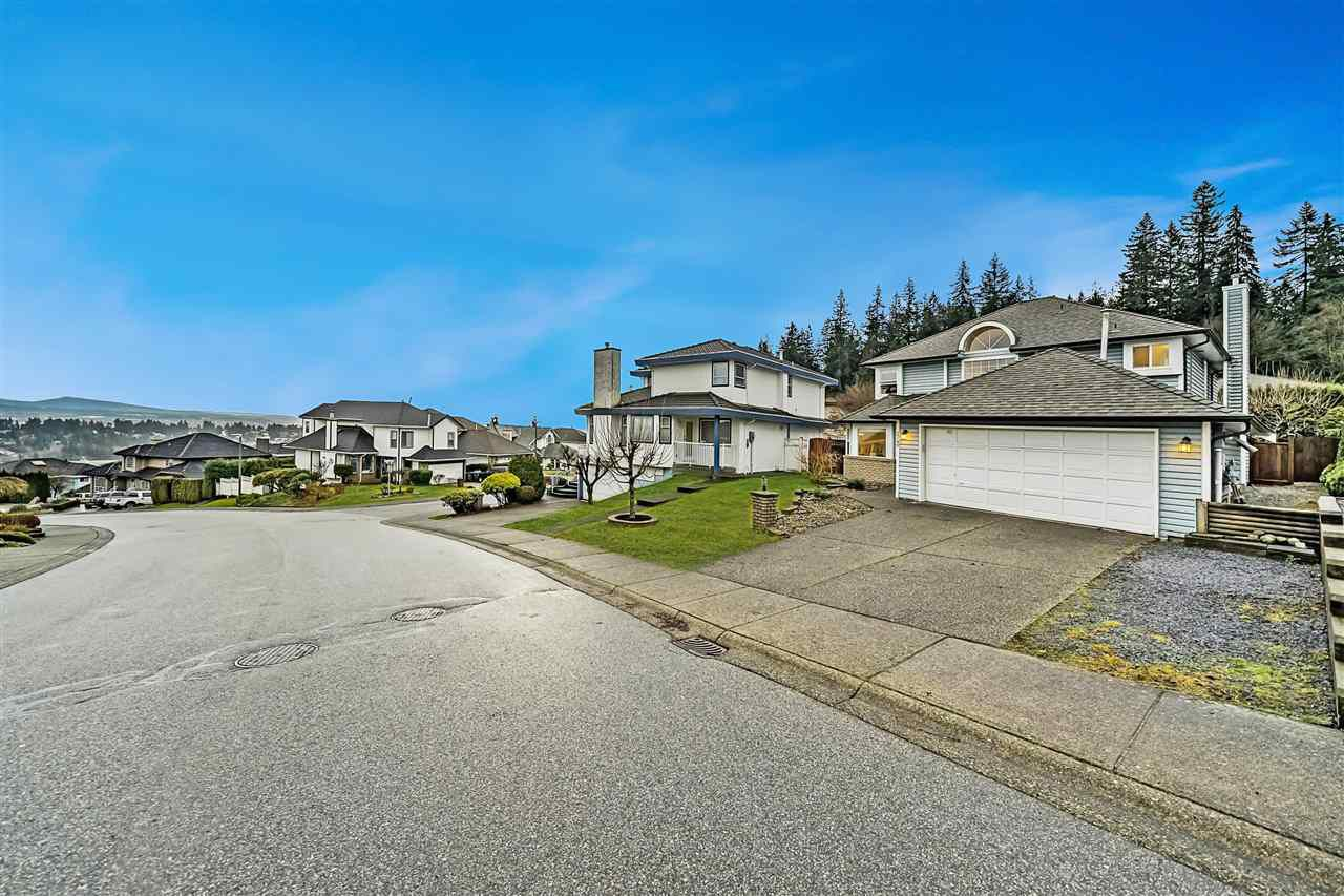 Main Photo: 2740 DOUGLAS Drive in Coquitlam: Coquitlam East House for sale : MLS®# R2330314