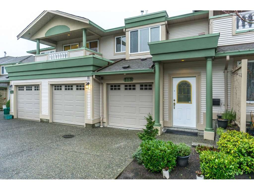 """Main Photo: 119 13888 70TH Avenue in Surrey: East Newton Townhouse for sale in """"Chelsea Gardens"""" : MLS®# R2335737"""