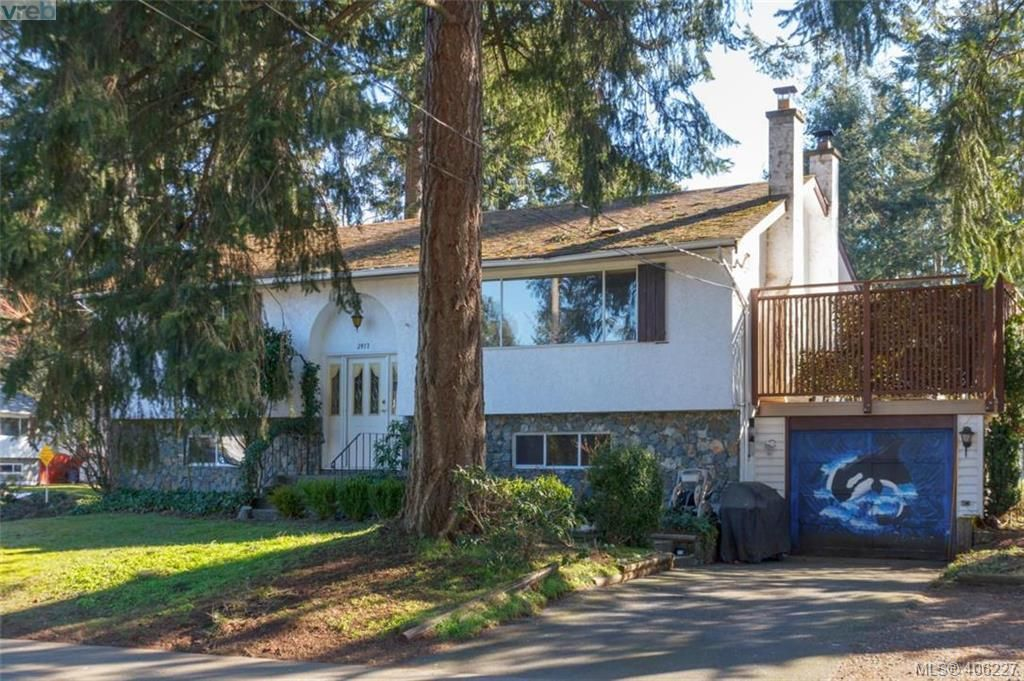 Main Photo: 2917 Pickford Road in VICTORIA: Co Colwood Lake Single Family Detached for sale (Colwood)  : MLS®# 406227