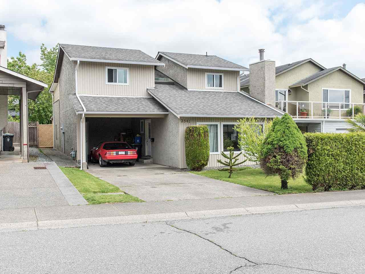 "Main Photo: 2341 WAKEFIELD Drive in Langley: Willoughby Heights House for sale in ""Willoughby Heights"" : MLS®# R2371963"