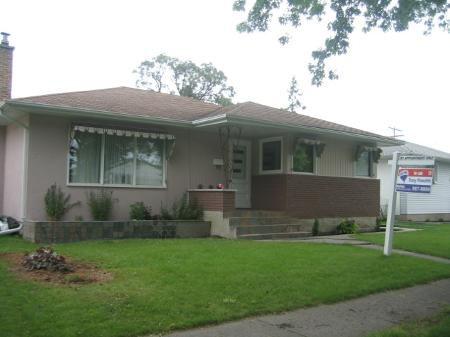 Main Photo: 495 Roberta Avenue: Residential for sale (East Kildonan)  : MLS®# 2813889